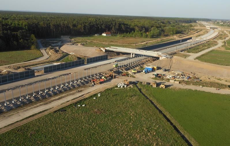 A4-przejazd-na-drugą-strone-A4-28.04.2012
